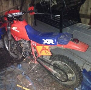 1984 Honda XR200R dual carb dirt bike