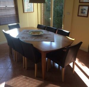 Tassie Oak 8 seater dining table Croydon Park Canterbury Area Preview