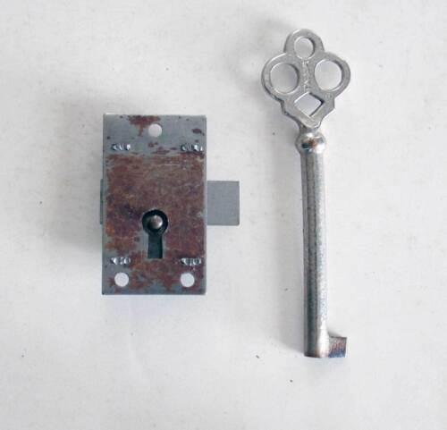 Single Eagle Cupboard - Wardrobe Lock & Key Signed Circa 1900 New Old Stock