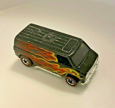 HOT WHEELS REDLINE FLYING COLORS SUPER VAN black with flames