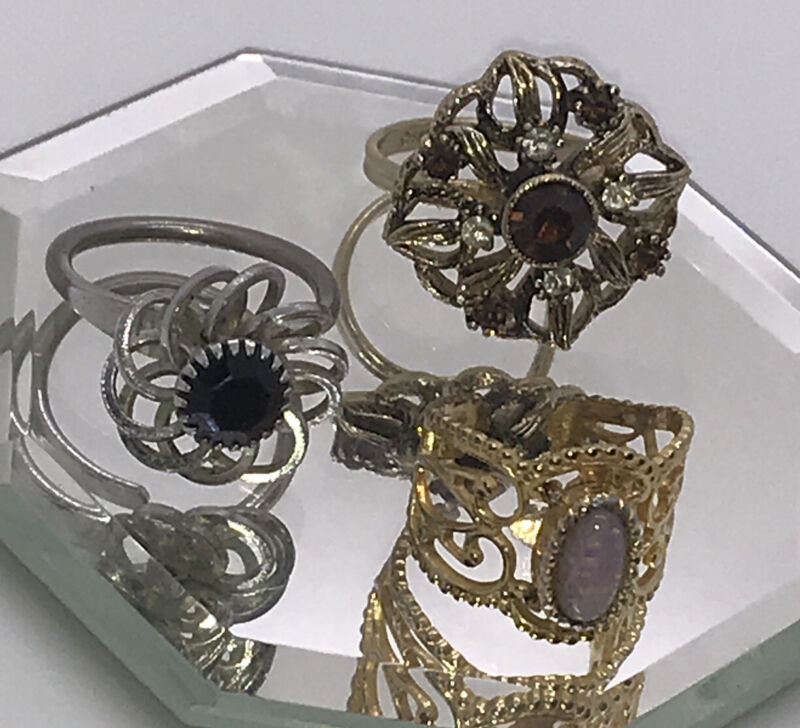 Sarah Coventry Pretty Adjustable Rings