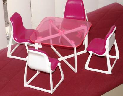 1977 Vintage Barbie Dolls Patio Table & Chair Set - Doll sized Greenwood Joondalup Area Preview