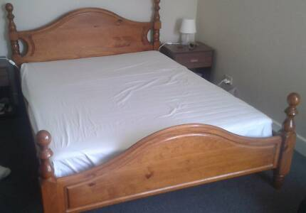 Queen-size Bed - solid wood
