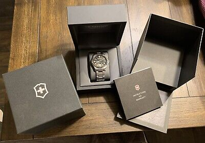 Victorinox Swiss Army Officers Mecha 241370 Sapphire Automatic