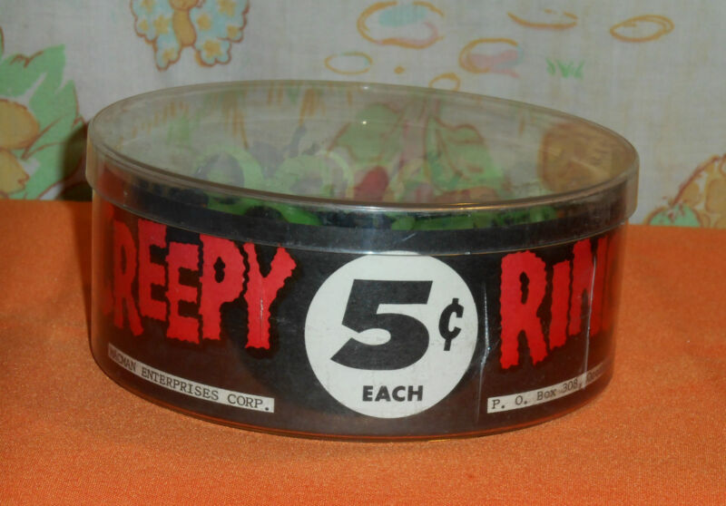 vintage Halloween CREEPY RINGS spiders bugs insects original retail display box