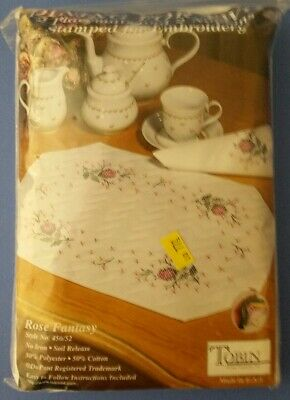 Tobin Dining For Two FRAGRANT FLORAL 2 placemats /& 2 napkins cross stitch kit