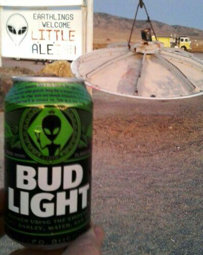 Lot o 2 Bud Light Beer Alien Can & Alienstock Bonus Area 51 Rachel Bottom Empty