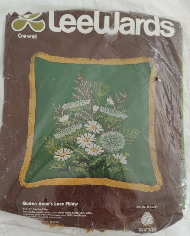 Vintage Lee Wards Embroidery Kit QUEEN ANNE