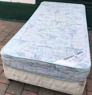 Good condition single bed base with mattress. Delivery can do