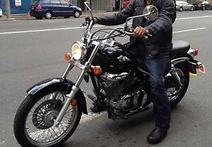 Suzuki VL250 Intruder 9,510kms - comes with jacket, helmet & bags Newtown Inner Sydney Preview