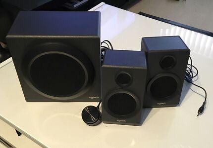 Logitech multimedia speakers Z333 2.1 speakers