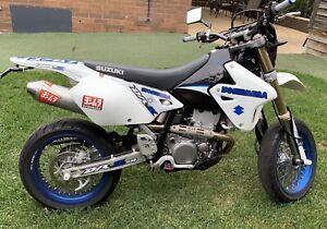Suzuki 2010 DRZ 400 SM