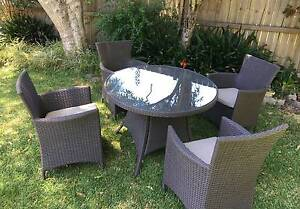 Wicker outdoor dining table and chairs in excellent condition Seaforth Manly Area Preview