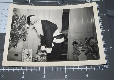 1940's SANTA CLAUS Costume MASK Child Peeks CHRISTMAS Vintage Snapshot PHOTO
