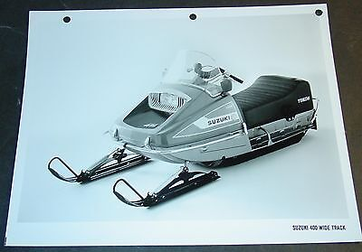 1974 SUZUKI SNOWMOBILE 400 WIDE TRACK FACTORY SALES PHOTO BROCHURE  (525)