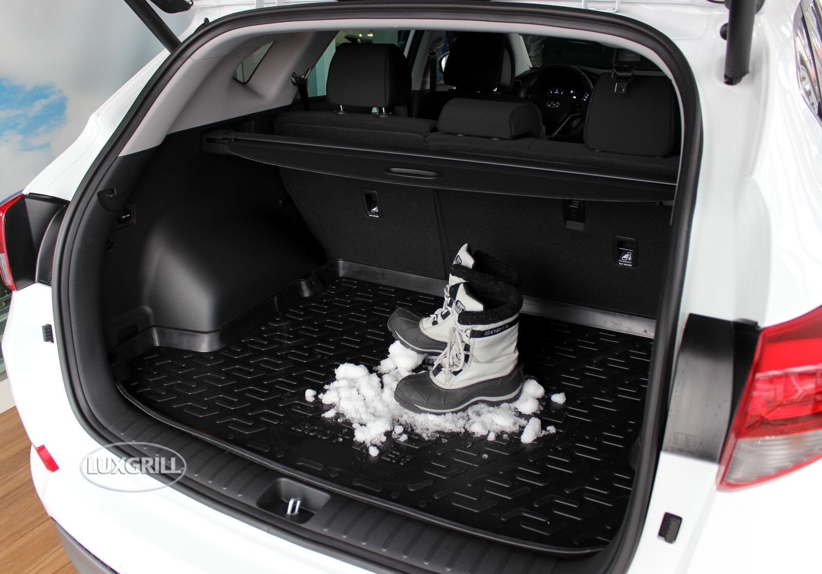 PREMIUM Gummi-Kofferraumwanne mit Antirutsch 3D für Ford C MAX  2002-2010