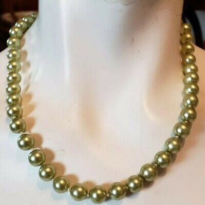 Green Faux Pearl Single Strand 18
