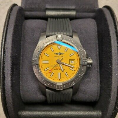 BREITLING Avenger II Seawolf Ltd no 894/1000 Mint Condition with an extra strap.