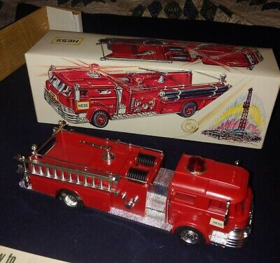 Vintage1970 Hess Firetruck with all Inserts and Battery Card WORKS
