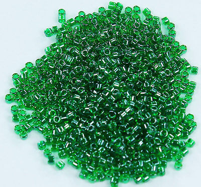 (11/0 Toho Treasures Glass Seed Beads #796-Emerald/Dark Emerald Lined 5 grams)