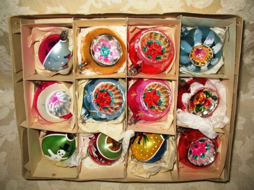 Antique Hand PaintedChristmas Ornaments, OLD! 12 Mixed Bulbs, BEAUTIFUL!