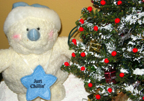 HANDMADE CHRISTMAS CENTERPIECE TABLE DECOR PLUSH SNOWMAN WORKING LIGHTED TREE