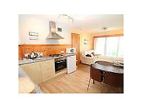 PORTH - lovely modern 2 bed apartment - close to the beach - fab location - Parking