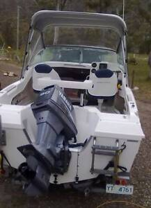 HAINES HUNTER 470 BREEZE New Town Hobart City Preview