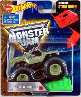Hot Wheels Monster Jam SOLDIER FORTUNE #09 with Green Ramp 2016 NEW TRUCK!