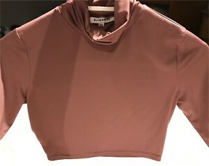 Woman's Cropped Turtleneck