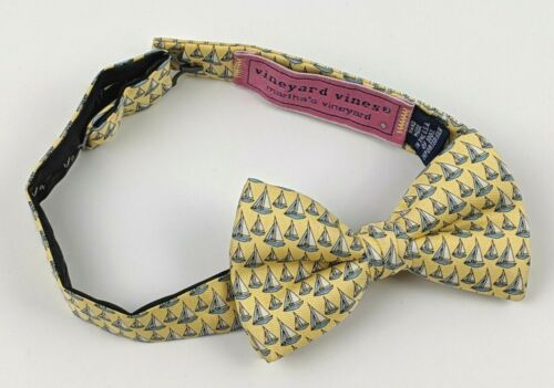 Vineyard Vines - Silk Adjustable Bow Tie Yellow  w/ Sailboats - Youth Ages 2-10