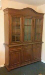 Buffet & Cabinet Hutch (Pickup only) Airds Campbelltown Area Preview