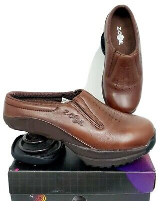 Z-Coil Taos Mules Clogs Shoes Size 6 Womens Leather Brown Comfort Slip On Coils