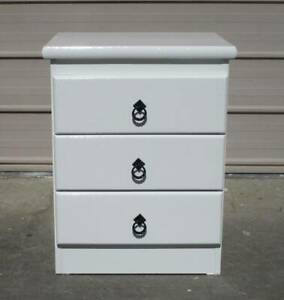 REFURBISHED 1 X 3 DRAWER BEDSIDE TABLE IN GLOSS WHITE