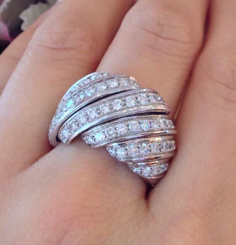 1.86 Ct Wide Diamond Ribbon Ring In 18k White Gold - Hm368ss