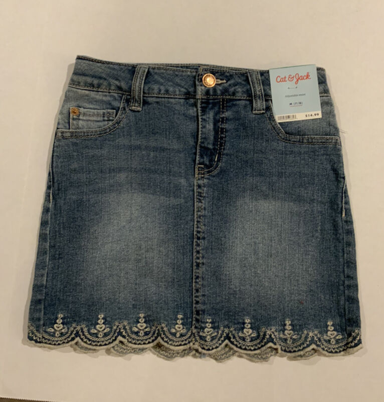 NWT Cat and Jack Girls Med 7/8 Denim Skirt.