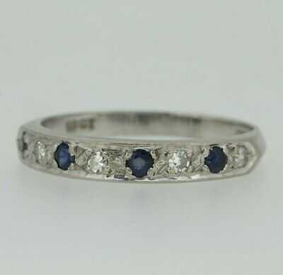 18ct White Gold Sapphire & Diamond Ring Size M 1/2