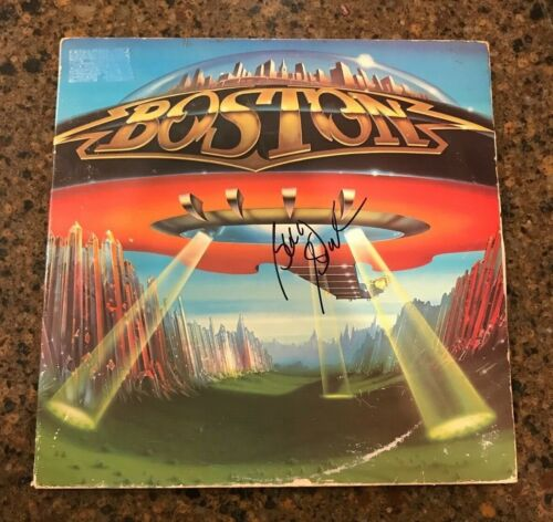 * BARRY GOUDREAU * signed autographed vinyl album * BOSTON * DONT LOOK BACK * 1