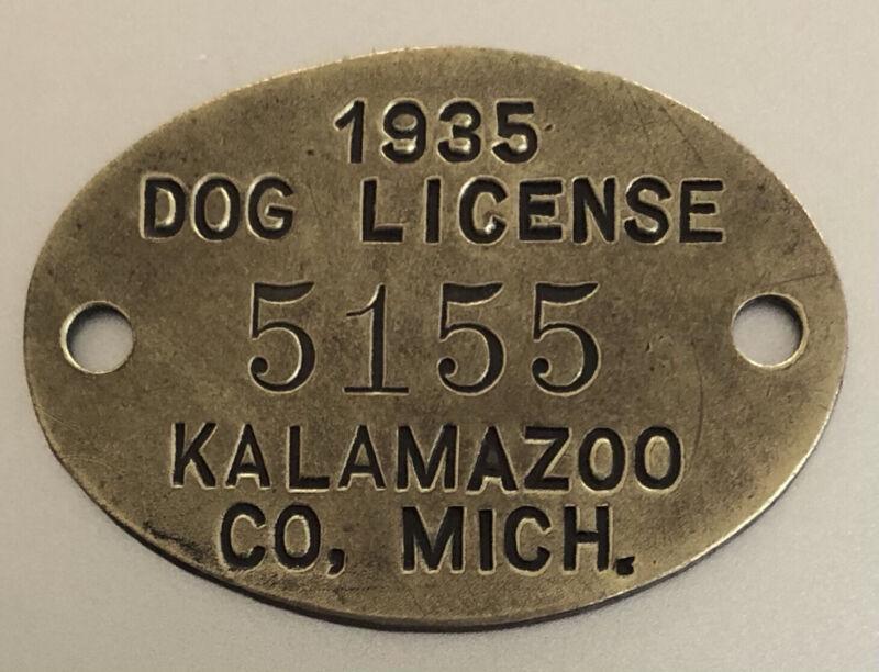 1935 DOG LICENSE BRASS TAG: KALAMAZOO COUNTY MICHIGAN
