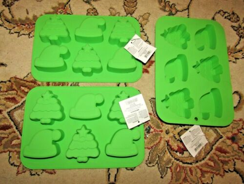 3 christmas cupcake muffin Silicone Mold Pans for baking or decor