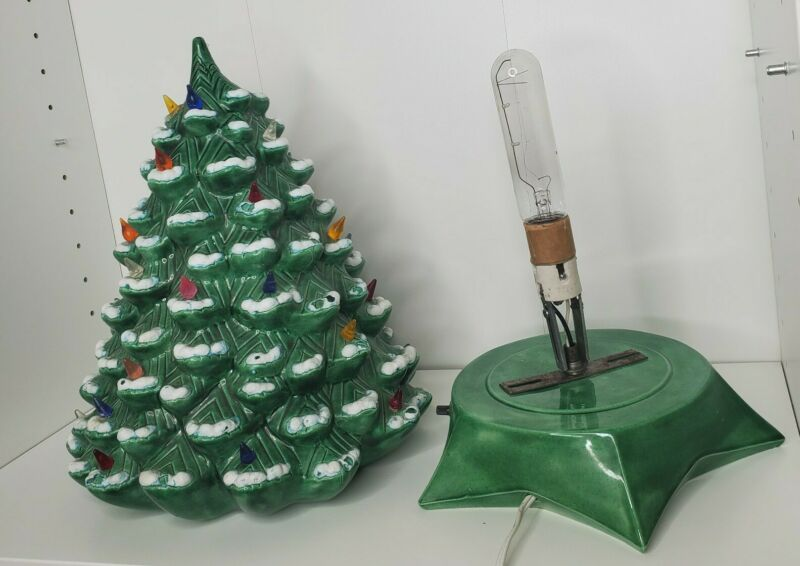"""Holland Mold Ceramic Christmas Tree w / Base Light 13"""" Tall See Pictures Flocked"""