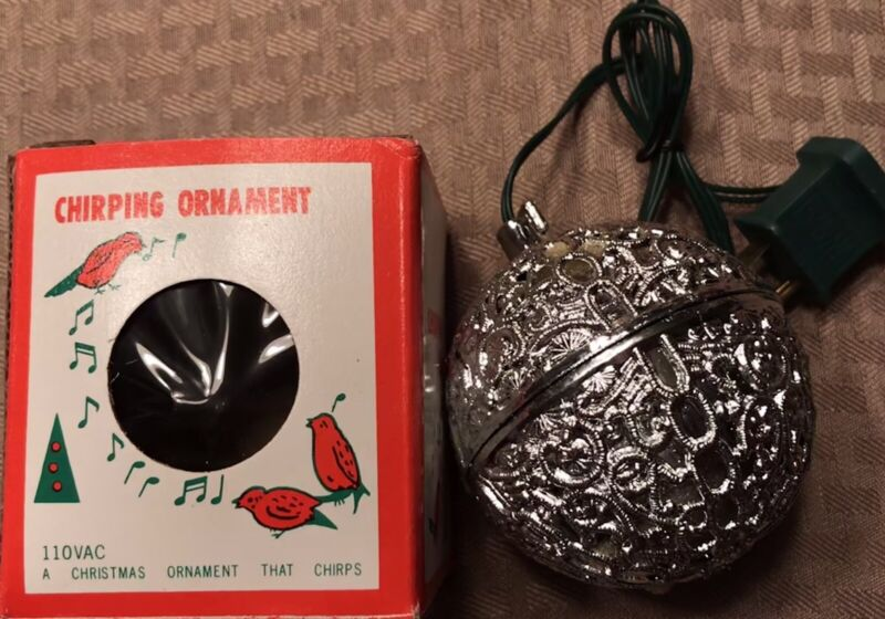 Vintage Chirping Bird Silver Ornament Plastic Plug In Electric