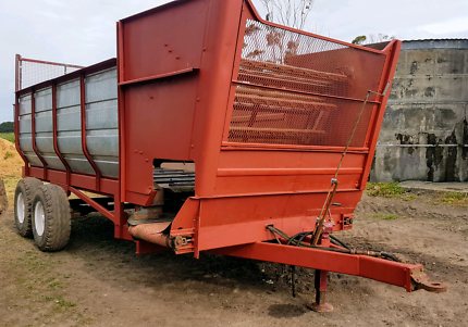 ***For sale OR Swap*** Giltrap silage cart.