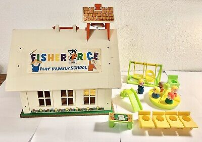 Vintage 1971 Fisher Price Little People Play Family 923 SCHOOL HOUSE Playset Lot