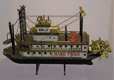 Disney Mark Twain Riverboat paddle boat Radio in box nice works complete 60's