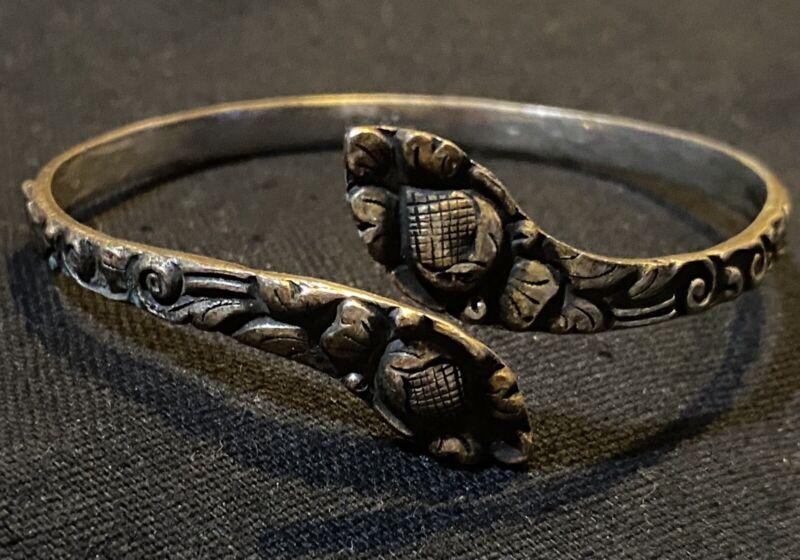 1940's Vintage .800 Silver Indonesian Floral Wrap Bracelet