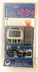 La Crosse Radio Controlled Projection Alarm Clock Atomic Time WT-5600 NIP