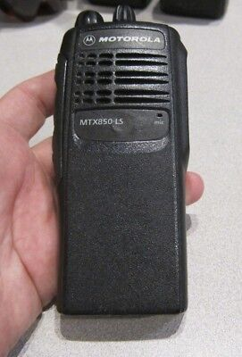 Motorola Mtx850 Ls 800 Mhz Two-way Portable Radio Model Aah25ucc6du3an