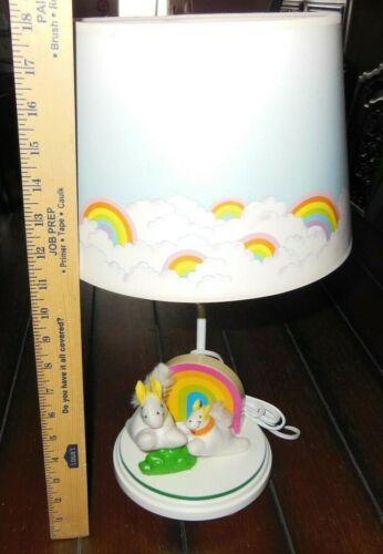 """VINTAGE 1982 Nursery Originals Adorable RAINBOWS & MOM / BABY HORSES Lamp 18"""""""