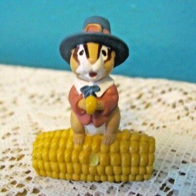 Hallmark Merry Miniatures 1995 Thanksgiving Pilgrim Chipmunk On Ear of Corn  - Chipmunk Ears